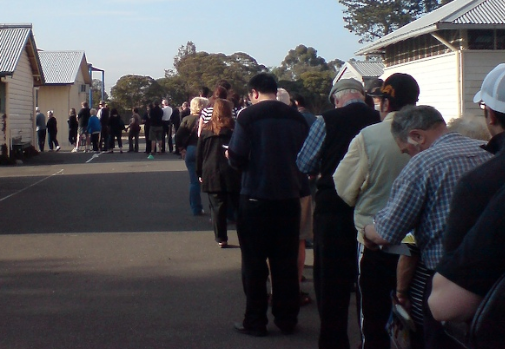 Australians queuing to vote. Credit: Andrew J. Cosgriff, Flickr