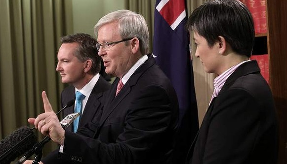 Chris Bowen, Kevin Rudd and Penny Wong. Credit: Andrew Meares, The Age