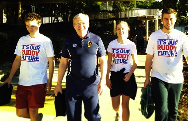 Kevin Rudd with supporters, May 2013.